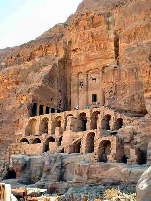 information on petra jordan Dive deep into petra, jordan's fascinating history using myths, images, & legend to understand the rise and fall of the ancient nabataean civilization.