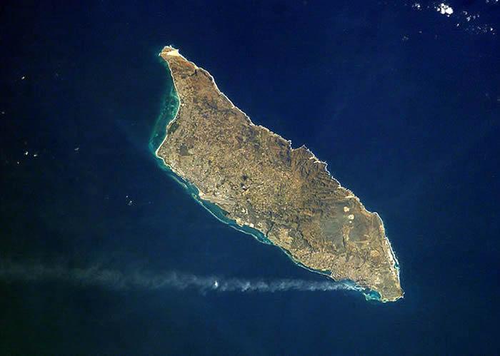 Picture Information Satellite View Of Aruba - Satellite view